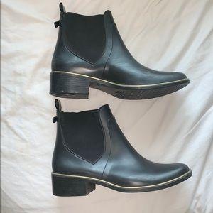 Kate Spade black Chelsea rain boots!
